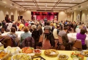 A packed house of people from many faiths gathered at Congregation Darchei Noam on Feb 9/16 to hear an interfaith panel discuss how our communities are responding to the crisis.